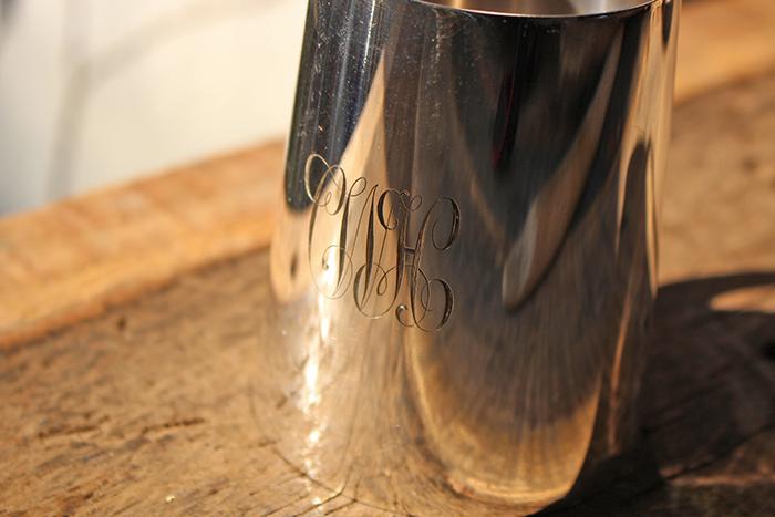 銀のビアカップ />       <p>・イニシャルが入っています。</p>     </p>    <p><img src=