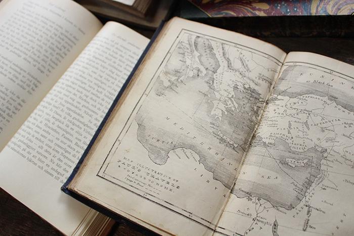 素敵なヨーロッパの古書