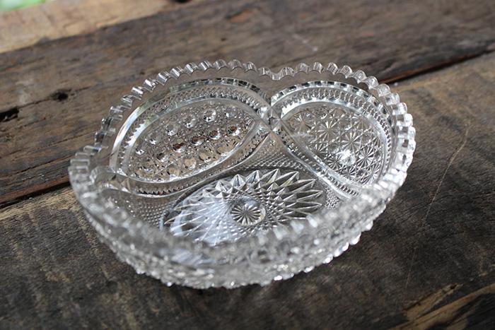 美しいプレスガラス
