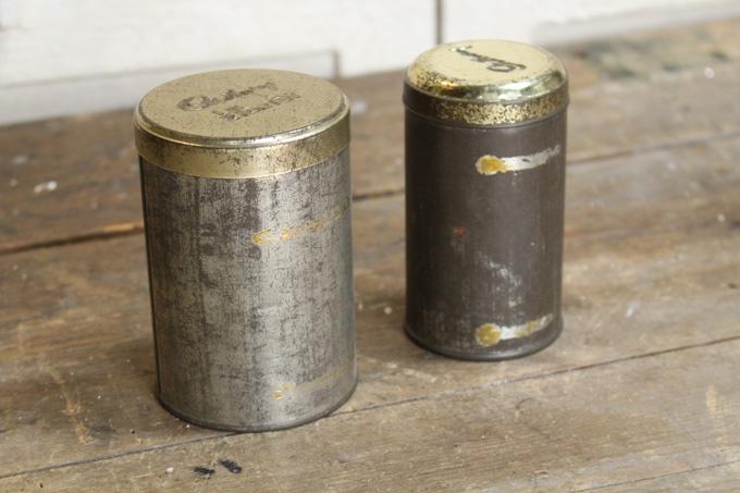 アンティークティン缶