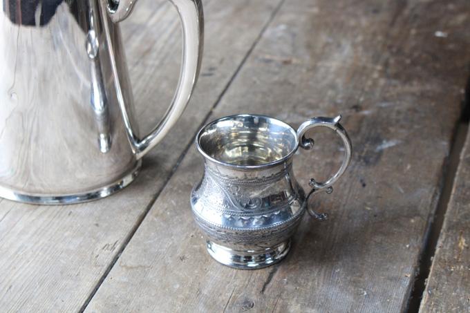 アンティーク・シルバープレートマグカップ
