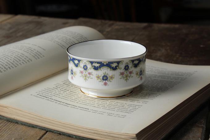 アンティークパラゴンカップ