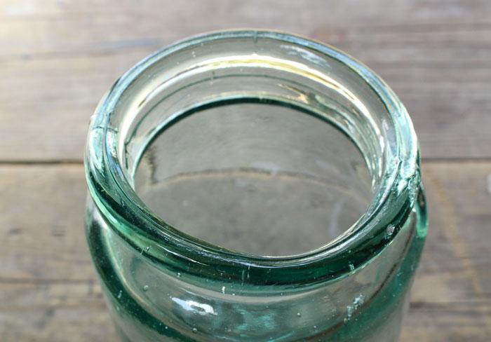 レトロなガラス瓶