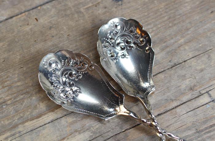唐草模様の美しい銀メッキスプーン