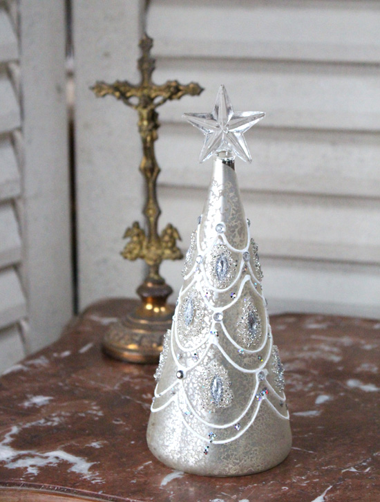 ツリー型のクリスマス雑貨